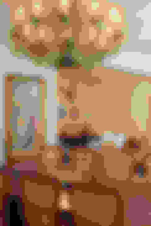 Dining room by Marcia Pellegrini Designer + Interiores