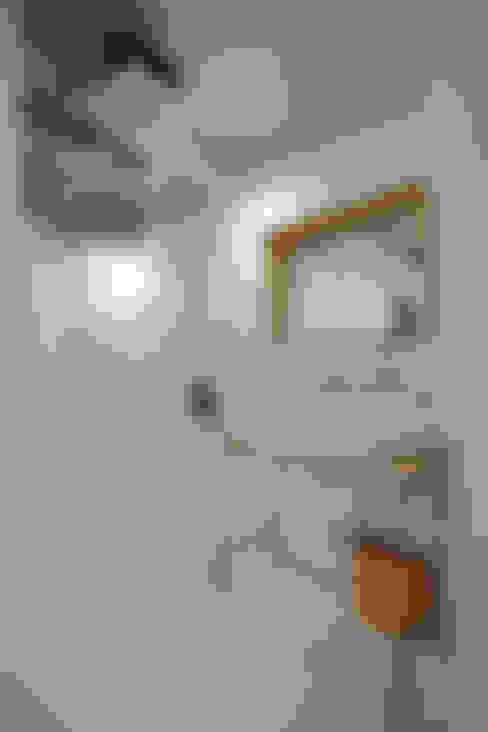 Baños de estilo  por .8 / TENHACHI