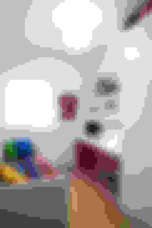 Oficinas de estilo  por Singularq Architecture Lab