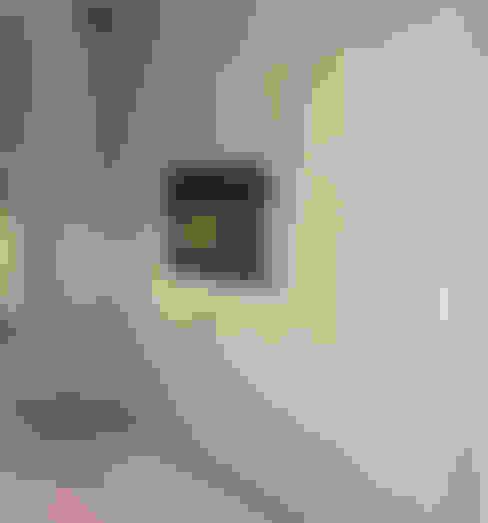 Media room by STİLART MOBİLYA DEKORASYON İMALAT.İNŞAAT TAAH. SAN.VE TİC.LTD.ŞTİ.