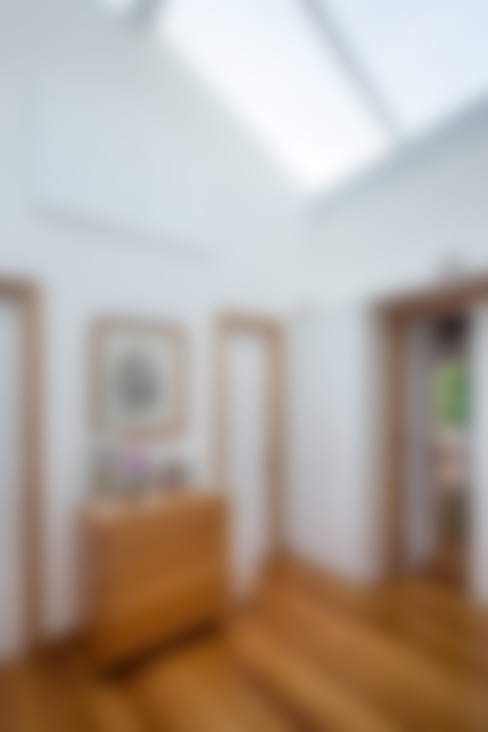 Casa Horto OBM 79: Corredores e halls de entrada  por Maria Claudia Faro