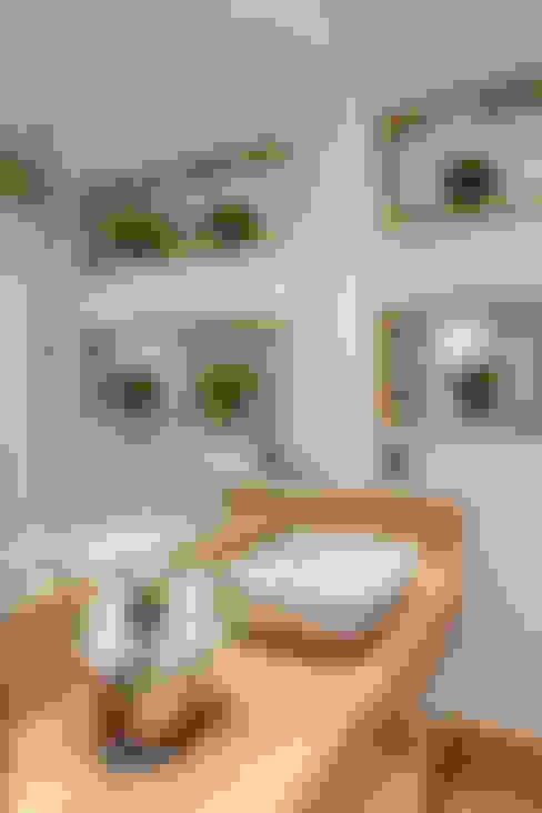 Bathroom by Designer de Interiores e Paisagista Iara Kílaris