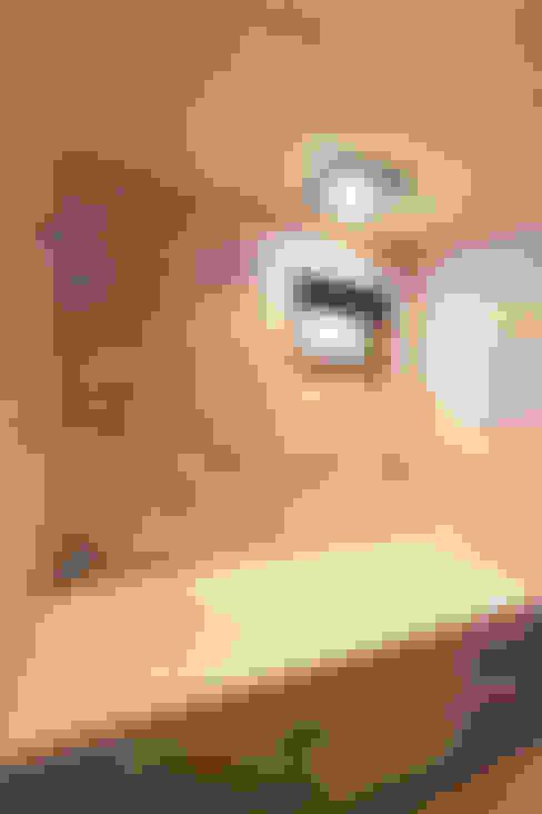 Bathroom by 핸디디자인