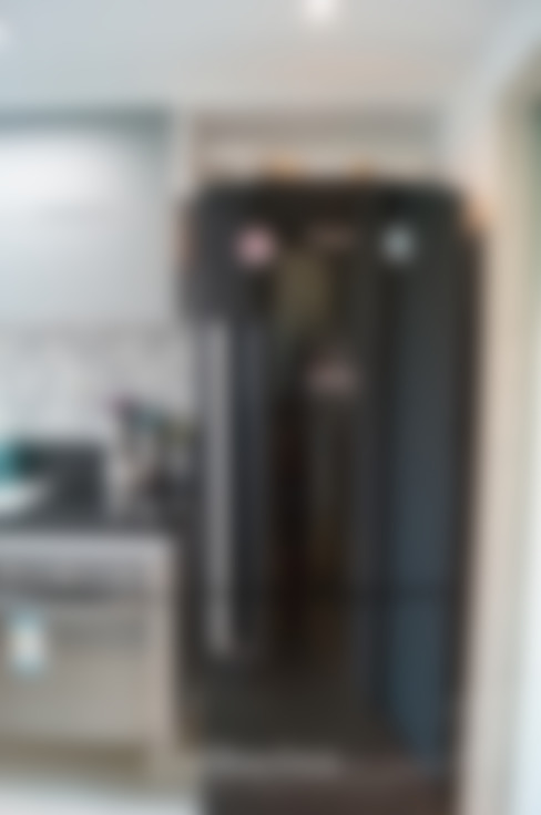 Residência Piratininga 2015: Cozinhas  por Catharina Quadros Arquitetura e Interiores