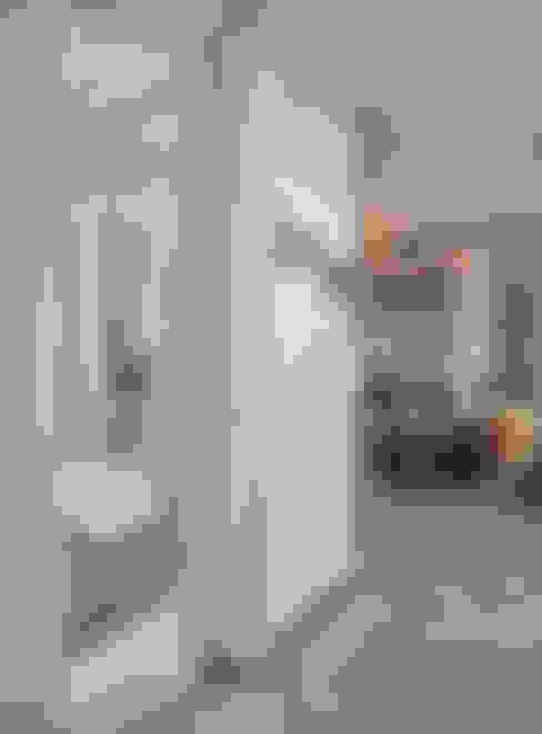 Living room by +studio moeve architekten bda