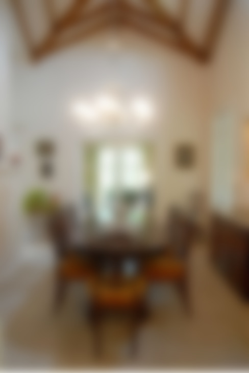 Comedor:  Dining room by Radrizzani Rioja Arquitectos
