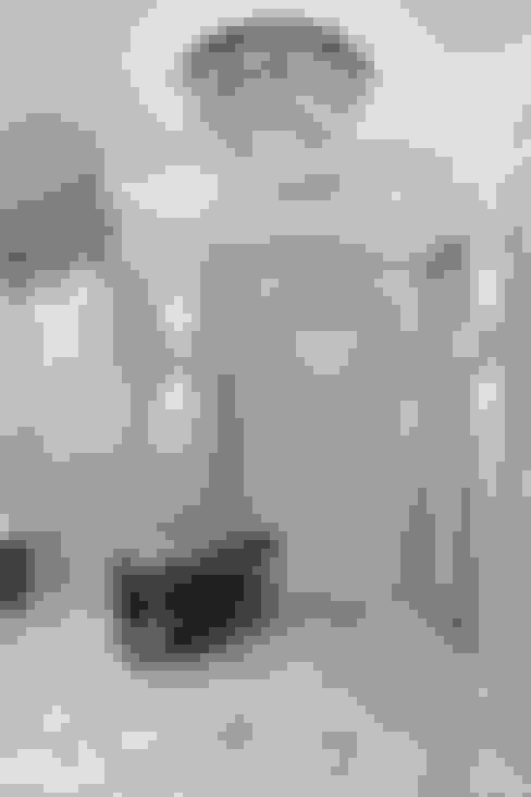الممر والمدخل تنفيذ Дарья Баранович Дизайн Интерьера