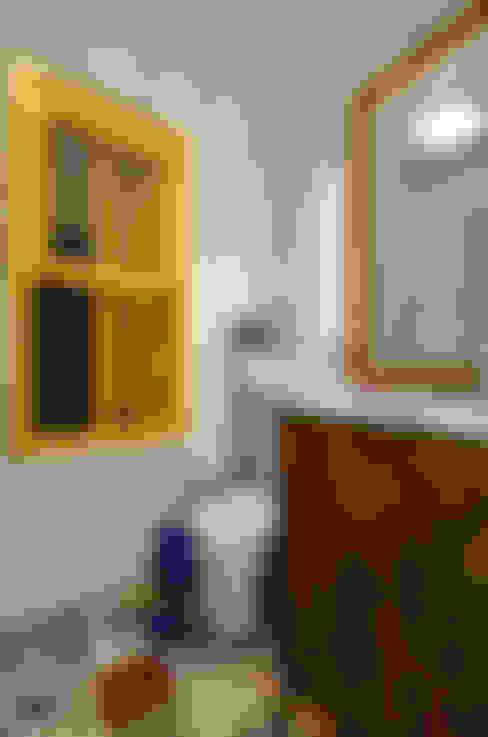 Bathroom by Arquitetando ideias