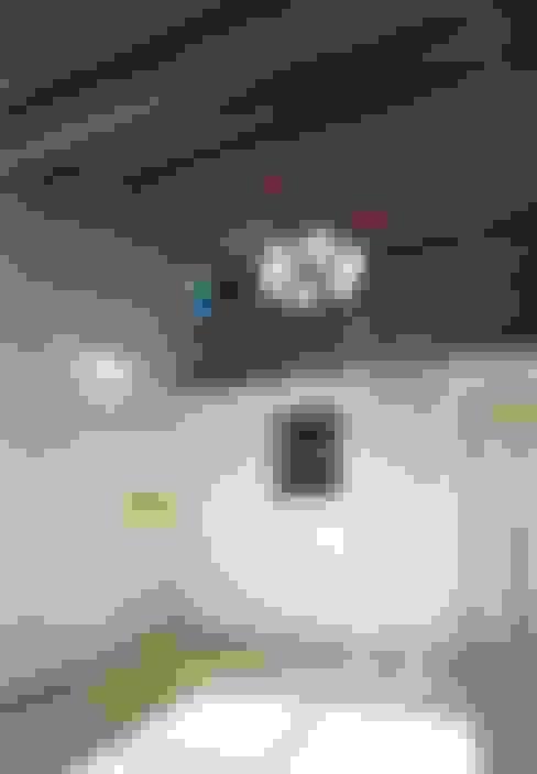 Phòng ngủ by 小栗建築設計室