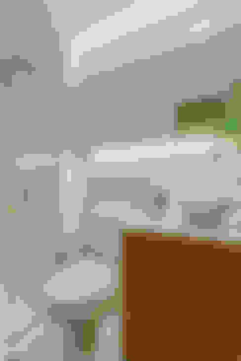 Bathroom by STUDIO LN