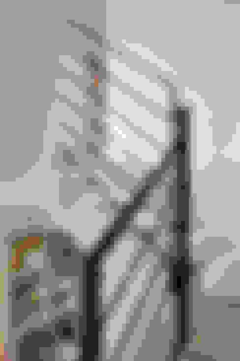 Koridor dan lorong by 위무위 건축사사무소