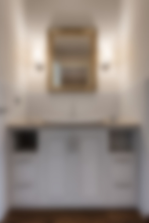 Banheiros  por Melissa Giacchi Architetto d'Interni