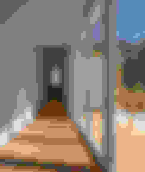 Corridor & hallway by MARLENE ULDSCHMIDT