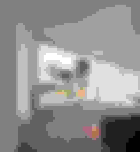 Living room by MARLENE ULDSCHMIDT
