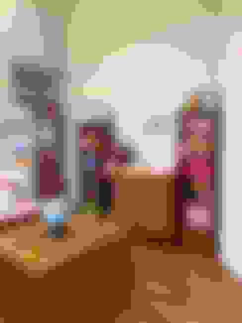 Nursery/kid's room by TALLER TAMI