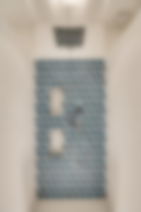 Salle de douche: Salle de bains de style  par ATELIER FB