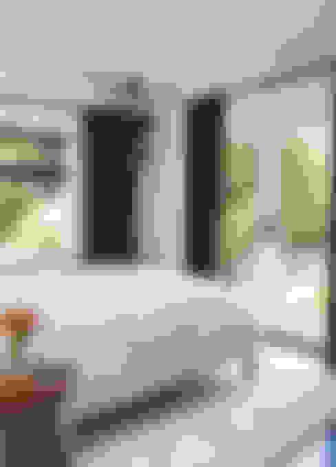 Спальни в . Автор – Antonio Martins Interior Design Inc