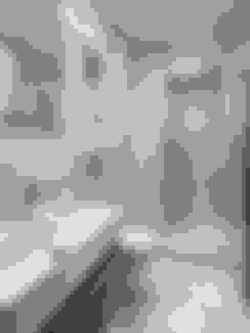 Ванные комнаты в . Автор – The White House Interiors