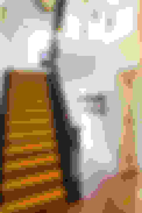 Studio 29 Architects ltdが手掛けた廊下 & 玄関