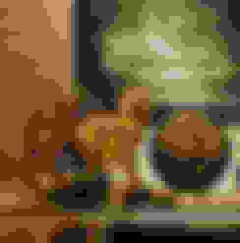 Móveis e Objetos: Salas de estar  por Sótão de Madame Objetos