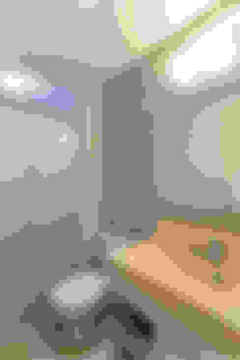 حمام تنفيذ RAFAEL SARDINHA ARQUITETURA E INTERIORES