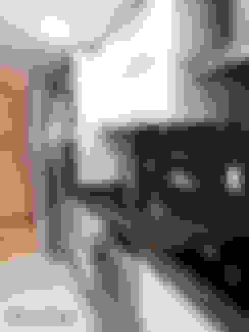 Kitchen by DecaZa Design