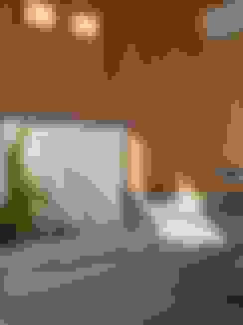 Baños de estilo  por アンドウ設計事務所