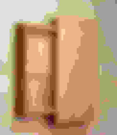 سلالم وأروقة  تنفيذ 木の家具 quiet  furniture of wood