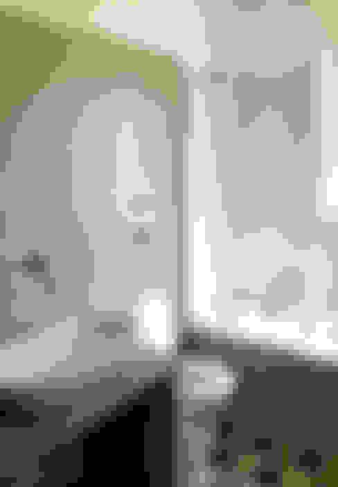 Bathroom by Atelier delle Verdure