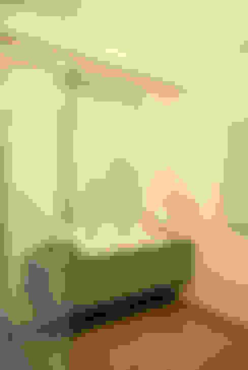 Baños de estilo  por ArcKid