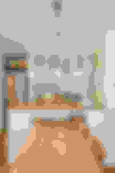 Cocinas de estilo  por ジャストの家
