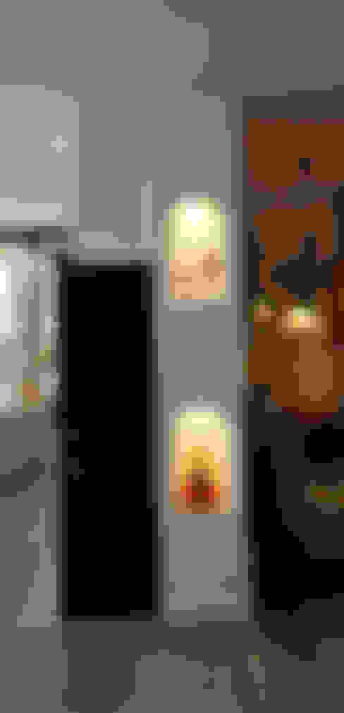 Pasillos y vestíbulos de estilo  por Novodeco