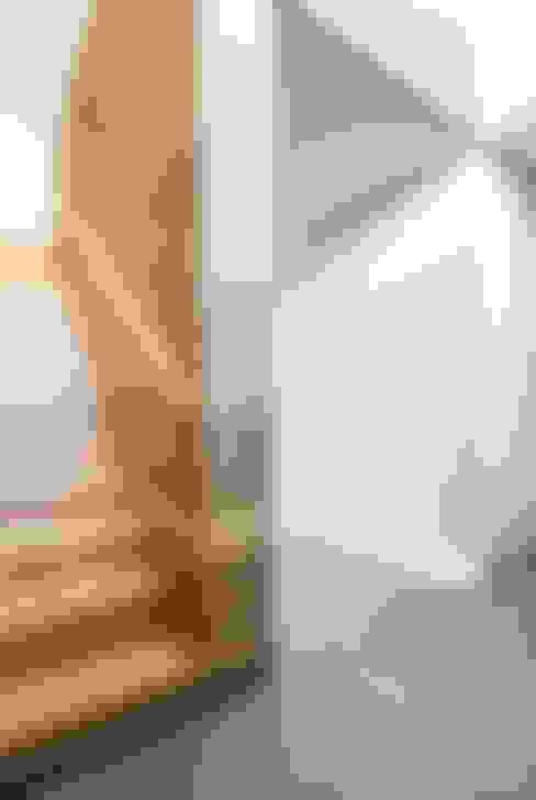 ZHAC / Zweering Helmus Architektur+Consulting의  복도 & 현관