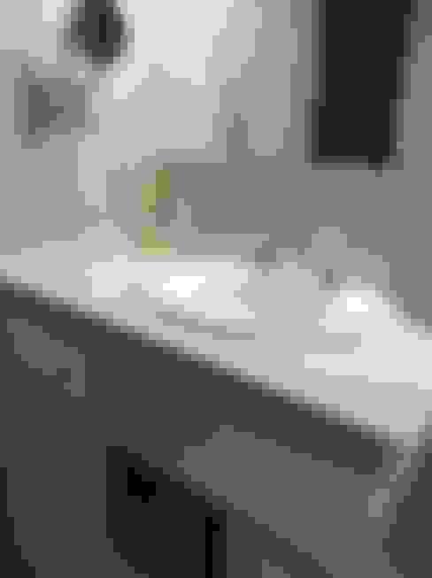 Phòng tắm by Estudio de arq. Tomás Hosmann