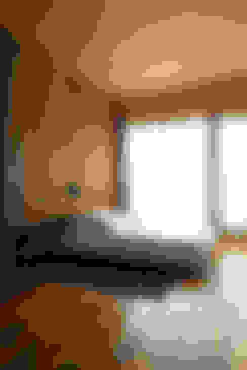 Casa OLIVOS: Dormitorios de estilo  por Arquitecto Alejandro Sticotti