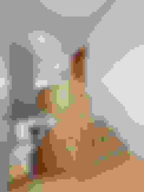 Corridor & hallway by Студия Павла Полынова