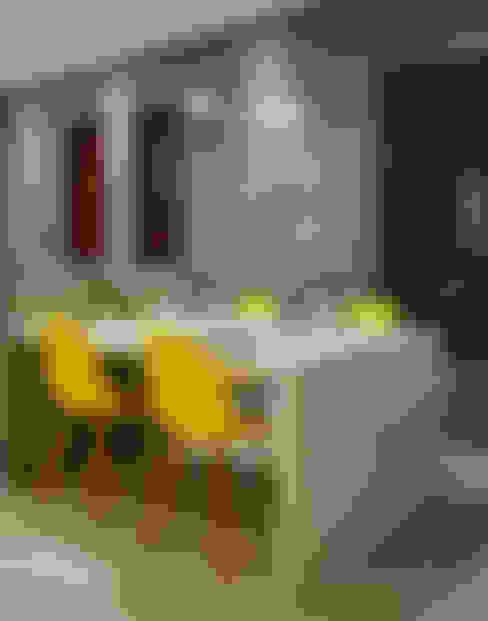Dining room by CARDOSO CHOUZA ARQUITETOS