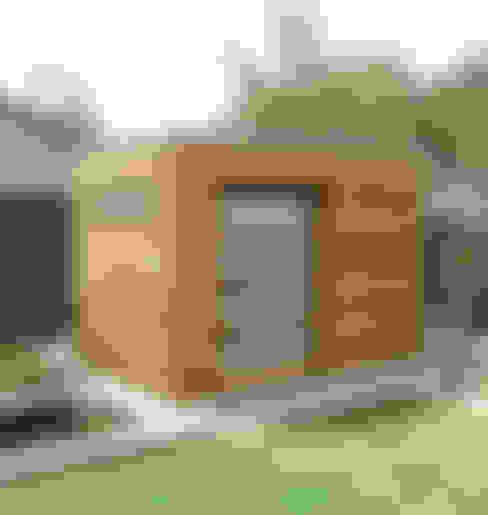 Iroko Box:  Garage/shed by Garden Affairs Ltd