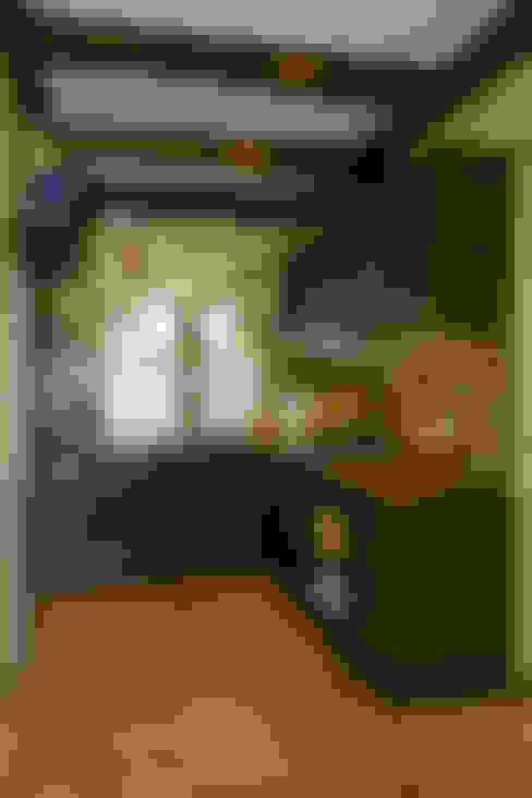 Кухня: Кухни в . Автор – Бюро9 - Екатерина Ялалтынова