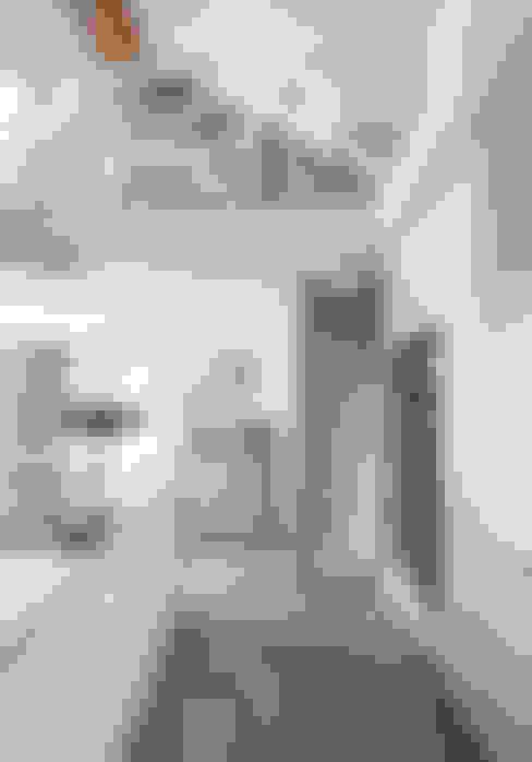 Livings de estilo  por Designer Kitchen by Morgan