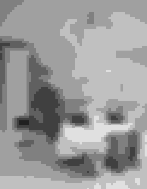Dormitorios de estilo  por Pixers