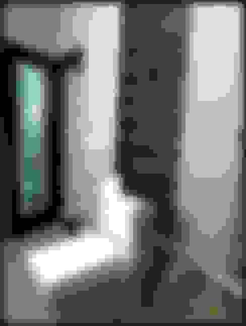 Baños de estilo  por Mehak Lochan Design