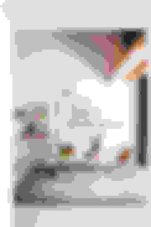Livings de estilo  por Ibiza Interiors - Nederlandse Architect Ibiza