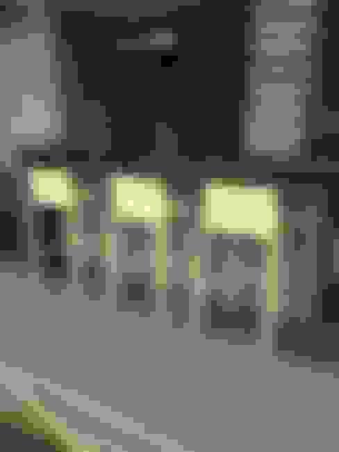 Hiên, sân thượng by THE muebles