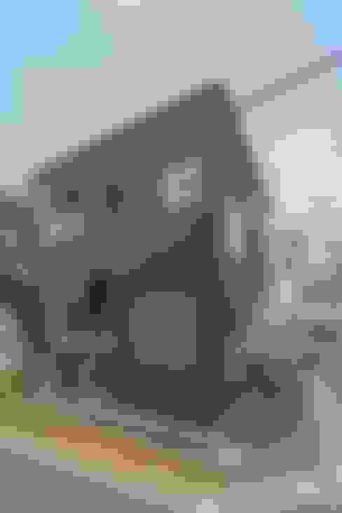 Huizen door 水石浩太建築設計室/ MIZUISHI Architect Atelier