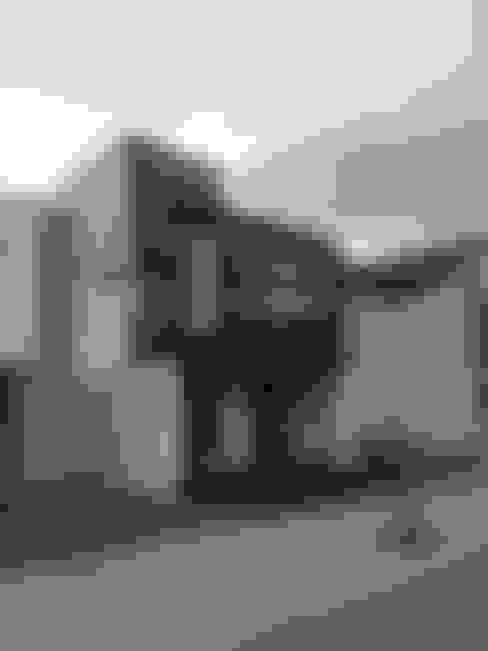 Houses by Arquimia Arquitectos