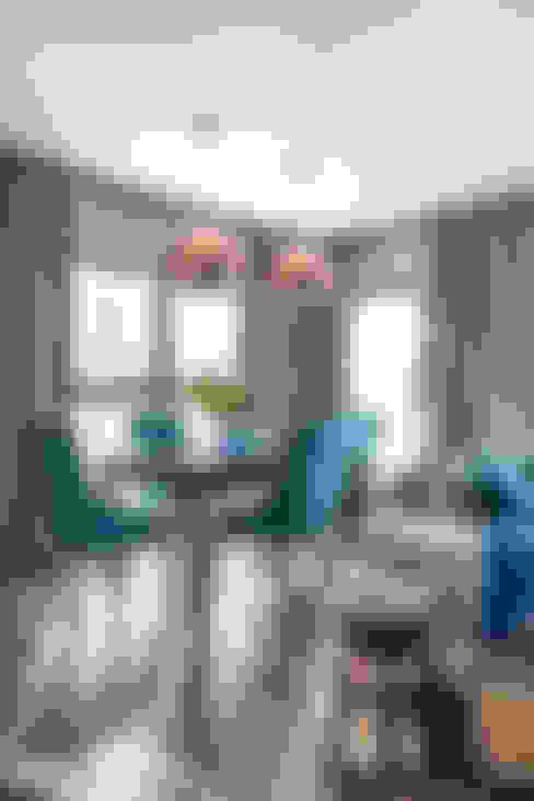 Nadmorski apartament: styl , w kategorii Jadalnia zaprojektowany przez SAS