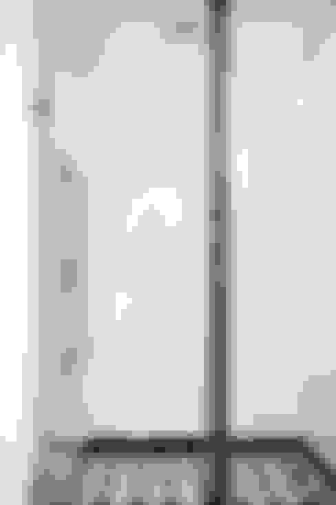 Phòng tắm by INÁ Arquitetura