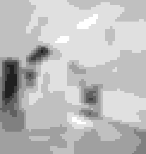Chefs Kitchen:  Kitchen by W Cubed Interior Design