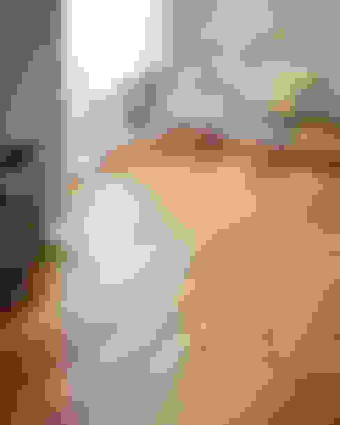 Paredes de estilo  por Woodpecker Flooring